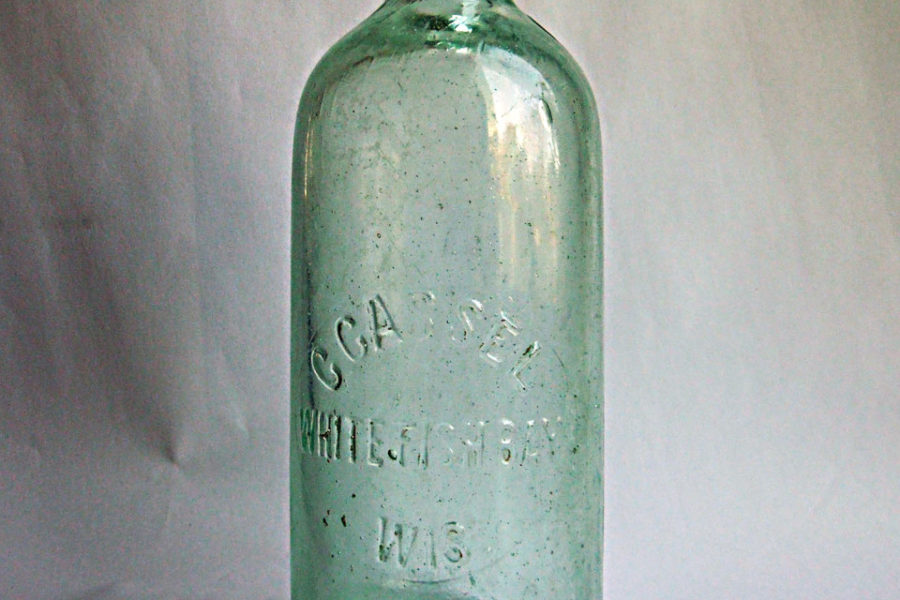 Cassel Soda Bottle (Image courtesy of Whitefish Bay Historical Society). Photograph by Elkin Gonzalez.
