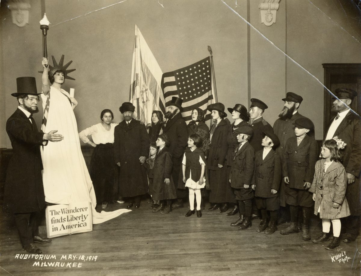 Scene from Poale Zion Chasidim, an Americanization pageant held in the Milwaukee auditorium to welcome Milwaukee's new citizens, 1919. Image courtesy of the Wisconsin Historical Society, ID: 5348.
