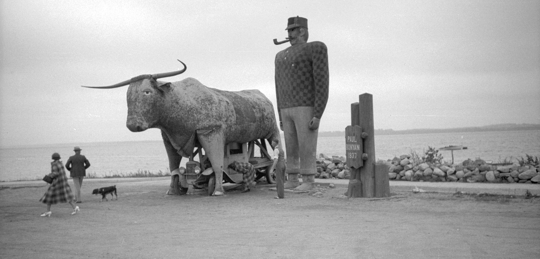 Paul Bunyan monument in Bemidji, Minnesota. Photograph by John Vachon, 1939.