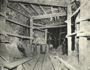 a photo showing the interior of a lead mine in Wisconsin.