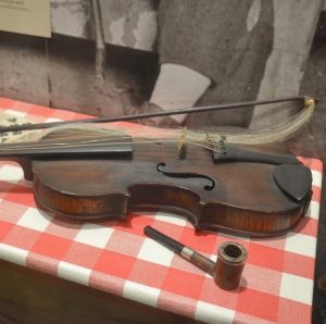 cropped image of a fiddle